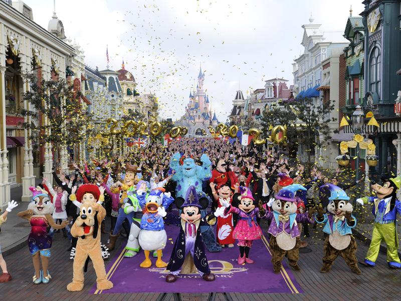 Disneyland-Paris-Flashmob