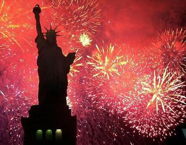 15100262_luglio-giorno-dell-cosa-celebrano-esattamente-gli-americani-1