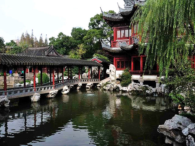 shanghai_yuyuan_garden_corridor