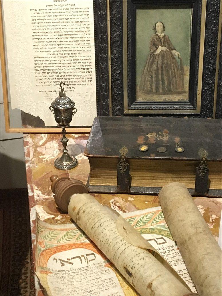 Cosa vedere nel quartiere ebraico di roma il museo e la - Tavolo multimediale ...