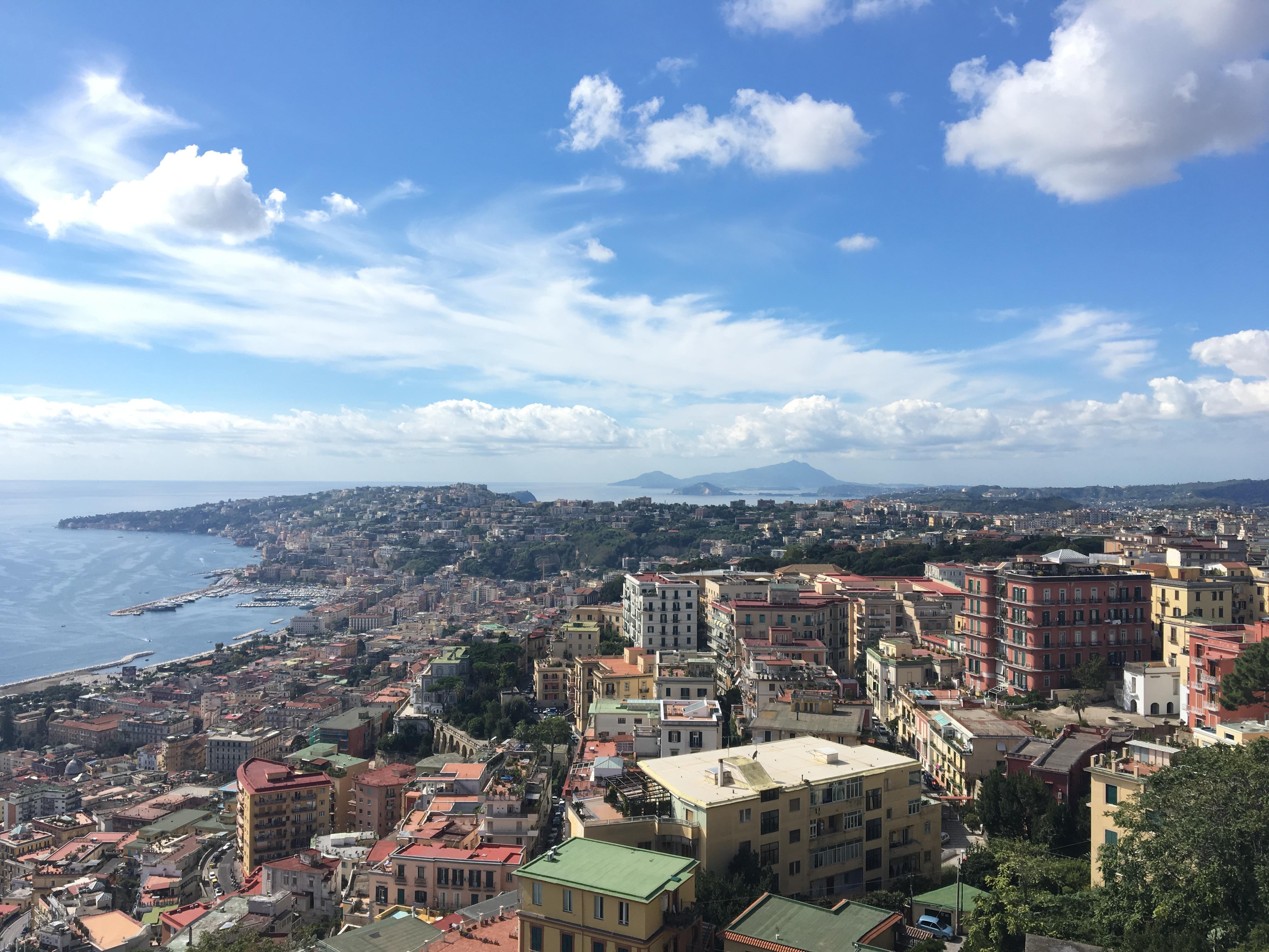 6 punti panoramici per innamorarsi di Napoli! | World Trips